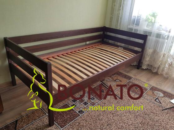 Дерев'яне дитяче  ліжко Нота із захистом від стіни з бортом безпеки та шухлядми